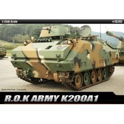 rok army K200A1 1/35 academy 13292